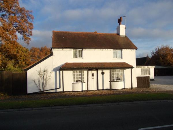 Rose Cottage Bed & Breakfast in Solihull, West Midlands, England