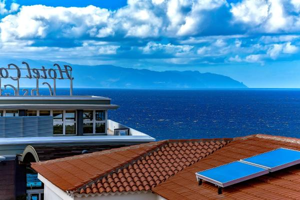 Ocean Terrace House