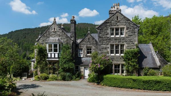Farchynys Hall in Barmouth, Gwynedd, Wales