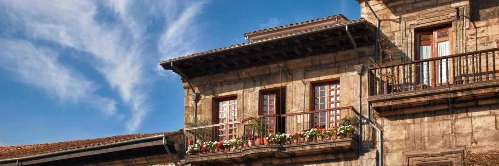 Mejores hoteles y hospedajes cerca de Lugones, España