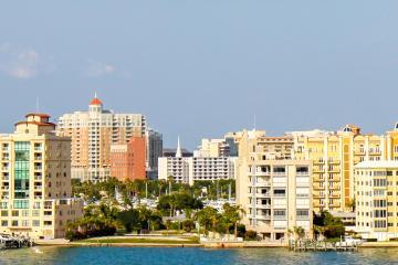 Sarasota: Car hire in 12 pick-up locations