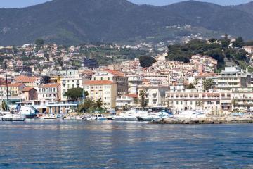 Sanremo: Car rentals in 2 pickup locations