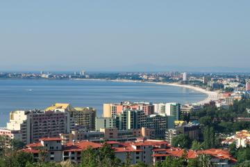Sunny Beach: Car rentals in 3 pickup locations
