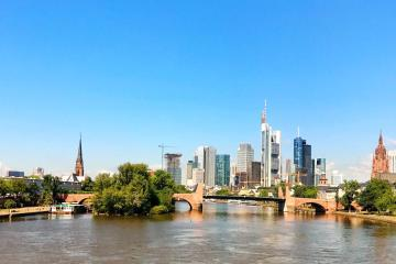 Frankfurt: Car rentals in 20 pickup locations