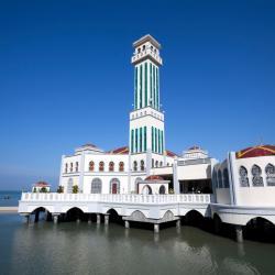 Tanjung Bungah 9 family hotels