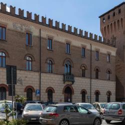 Castelnuovo Rangone 2 отеля