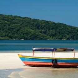 Ilha do Mel 80 hôtels