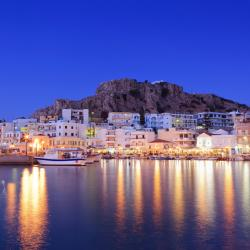Karpathos Town 4 hotels with a jacuzzi
