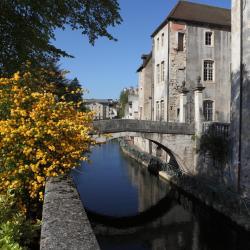 Lons-le-Saunier 12 hotels