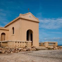 Mellieħa 35 hotels with pools