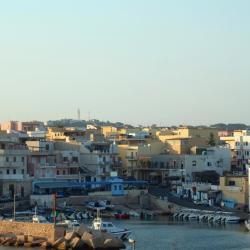 Đảo Lampedusa 36 khách sạn gần biển