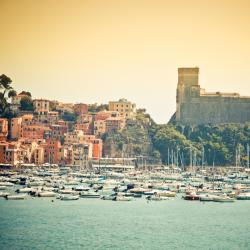 Lerici 23 hotels with pools