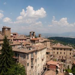 Perugia 459 hotellia