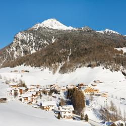Riva di Tures 9 hotellia