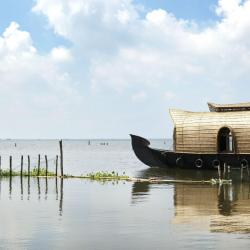 Kumarakom 13 hotels with pools