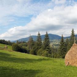 Slavske 13 cabins
