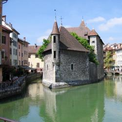 Annecy 69 four-star hotels