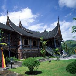 Padangpanjang 2 hotels