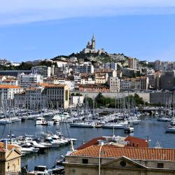 Marseille 42 Bed & Breakfasts