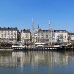 Nantes 6 homestays