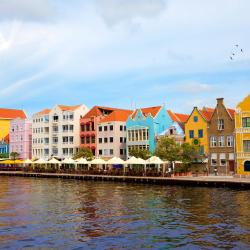 Willemstad 458 hotels