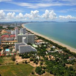 Jomtien Beach 40 luxury hotels