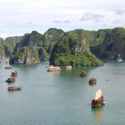 Ha Long 1340 hotels