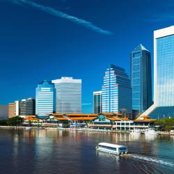 Jacksonville 26 hotels with a jacuzzi