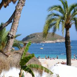 Magaluf 28 hotels with pools
