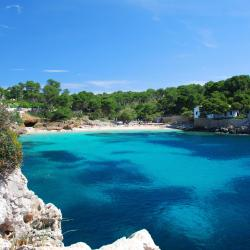 Cala d´Or 97 hotels with pools