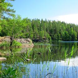 Lapinjärvi 3 hotellia