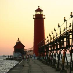 Grand Haven 12 hotels
