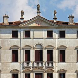 Mussolente  6 hotels