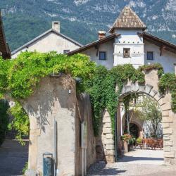 Caldaro 4 guest houses