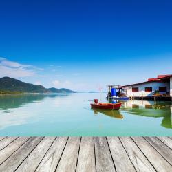 Khlong Yai 2 hotels