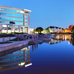 Sioux Falls 51 hotels
