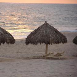 Quimixto 2 hotels