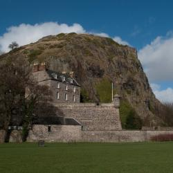 Dumbarton 15 hotels