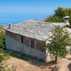 Mouresi 7 guest houses