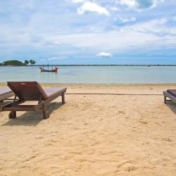 Chaweng Noi Beach 16 resorts