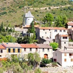 Cucugnan 11 hotels
