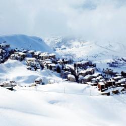 Kfardebian 11 hotels