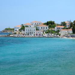 Spetses 9 serviced apartments