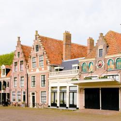 Edam 18 khách sạn