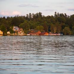 Saranac Lake 8 hotels