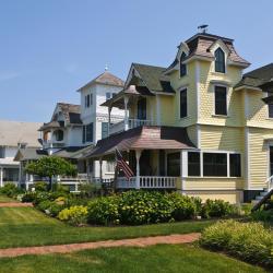 Oak Bluffs 39 hotels