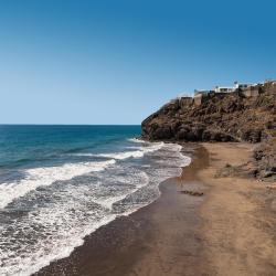 Playa del Aguila 46 hotel