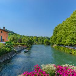 Valeggio sul Mincio 8 guest houses