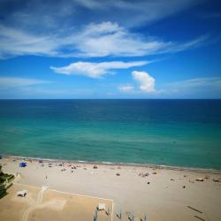 Hallandale Beach 114 hotels