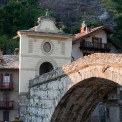 Pont-Saint-Martin 17 hotels